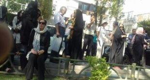 تجمع اعتراضی مالباختگان در جلوي سازمان ملل