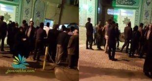 فیلمهایی از تجمع مقابل منزل امام جمعه اهواز با شعار آخوند همش لباسه خوارکش اختلاسه