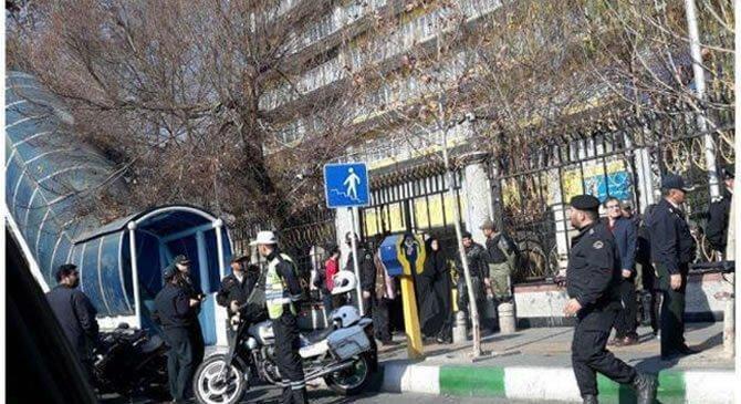 افزایش شمار بازداشت شدگان تجمع امروز مقابل وزارت کار به بیش از ۵۰ نفر