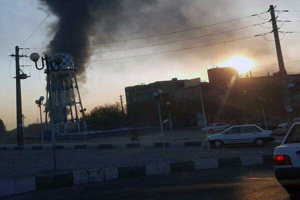 ایران - آتش سوزی صبح امروز در انبار چوب در محله مرتضی گرد تهران
