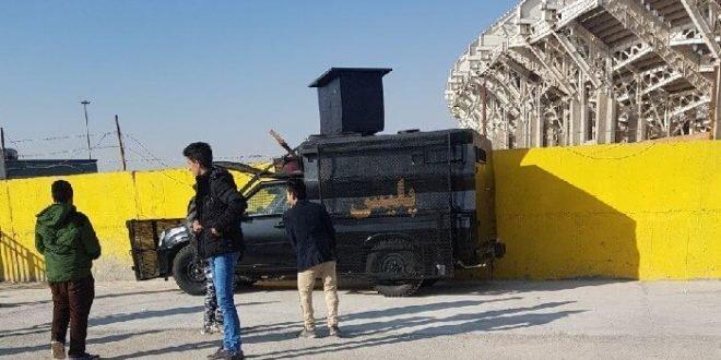 ماموران ضد شورش در استاديوم نقش جهان اصفهان و تمسخر آنان توسط تماشاچیان + فیلم