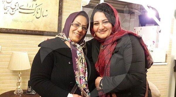 دستگیری مادر و خواهر آتنا دائمی در مقابل زندان اوین