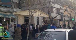 تجمع خانواده بازداشتشدگان روز ۸ مارس مقابل دادسرای ارشاد