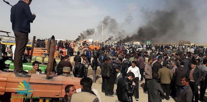 التماس نیروهای امنیتی از کشاورزان ورزنه برای جلوگیری از پرتاب سنگ به سمت آنها