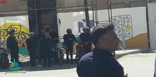 تظاهرات صدها نفره کارگران فولاد اهواز با شعار حسین حسین شعارشون دزدیها افتخارشون