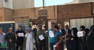روز ۲۸ فروردین ماه دهها تن از خانواده های بازداشت شدگان اهوازی در مقابل دفتر عبدالکریم فرحانی عضو مجلس خبرگان تجمع کردند. تجمع خانواده ها به بازداشت خودسرانه فرزندانشان که در تجمعات اخیر بازداشت شده اند؛ انجام شد.
