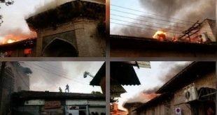 مسجد جامع ساری با قدمت ۱۲۰۰ ساله در آتش سوخت