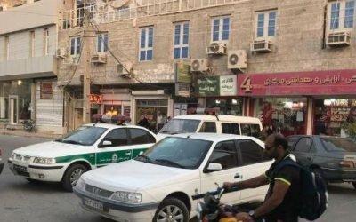 تظاهرات مردم برازجان با شعار مرگ بر دیکتاتور و تعقیب نیروهای انتظامی