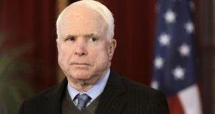 سناتور جان مککین سناتور برجسته آمریکایی درگذشت