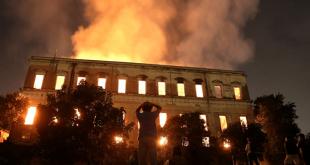 موزه ۲۰۰ ساله برزیل در آتش سوخت؛ روز تلخی برای همه برزیلیها