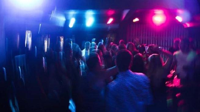 بازداشت ۵۰ دختر و پسر در یک مهمانی شبانه در مراغه