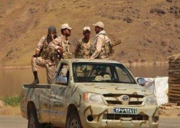 بر اثر شلیک مستقیم ماموران نیروی انتظامی یک جوان سوخت بر بلوچ از ناحیه سر مورد اصابت گلوله قرار گرفته و کشته شد.