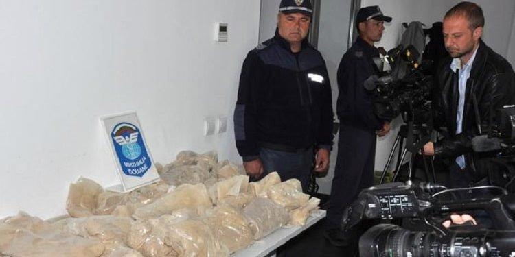 توقیف یک کامیون ایرانی دیگر حامل ۲۲۸ کیلوگرم هروئین به مقصد اروپا