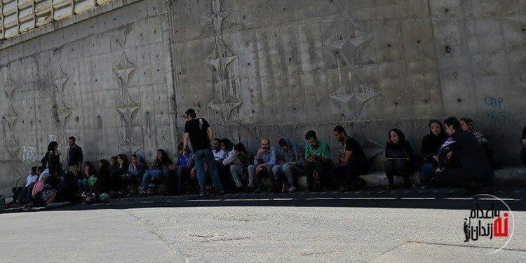 تجمع خانواده های بازداشت شدگان روز جهانی کارگر در مقابل زندان اوین