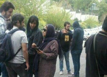 تجمع خانواده های بازداشت شدگان روز جهانی کارگر و معلم در مقابل زندان اوین