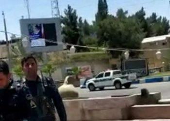 بازداشت و ضرب و شتم ۳۰ تن از جوانان معترض به قتل جوان زاهدانی
