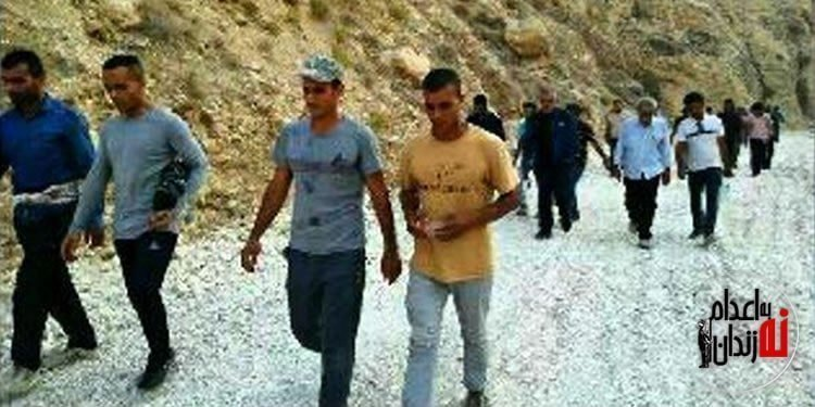 راهپیمایی و تجمع اعتراضی مردم و جوانان در پای کوه بیرمی در بوشهر
