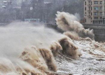 چگونه انرژی طوفان به برق تبدیل میشود؟