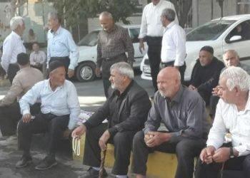 تجمع اعتراضی کشاورزان و هشدار به عوامل حکومتی در رابطه با آب زایندهرود