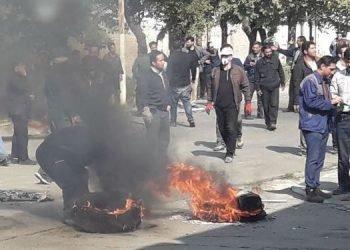 حمله نیروی انتظامی به تجمع خانوادههای کارگران بازداشتی آذرآب