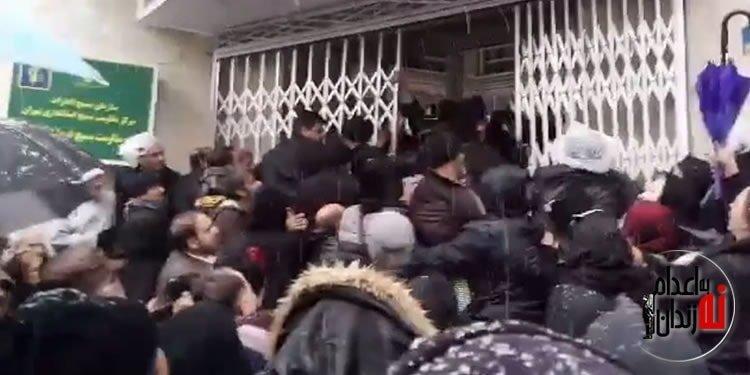 تلاش مالکین شهرک زیتون برای تصرف فرمانداری تهران با شعار بیشرف