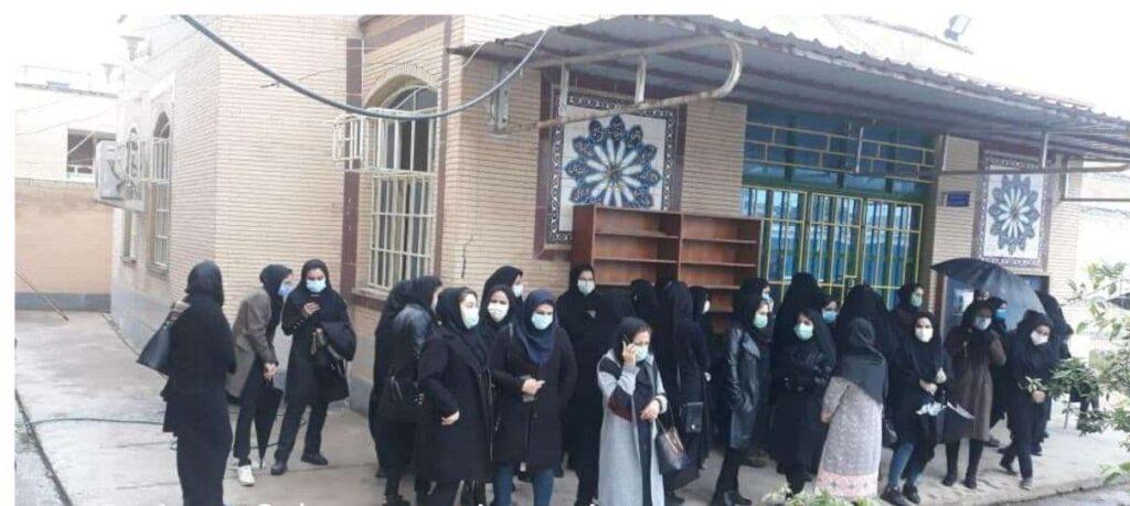 ادامه_ اعتراض  مربیان پیش دبستانی در ایذه۲-